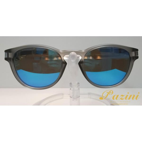 Óculos de Sol Oakley modelo Latch OO9265