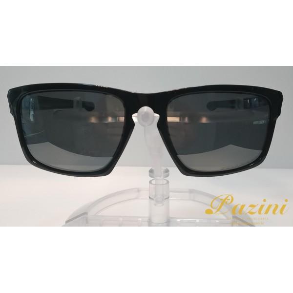 Óculos de Sol Oakley modelo Silver OO9262