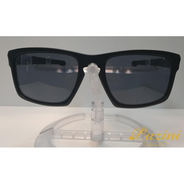 Óculos de Sol Oakley modelo Sliver OO9262