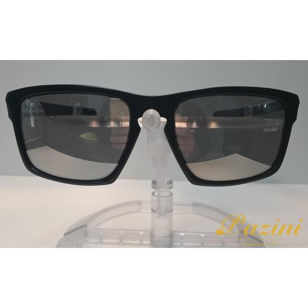 Óculos de Sol Oakley modelo Sliver Coleção Machinist OO9262