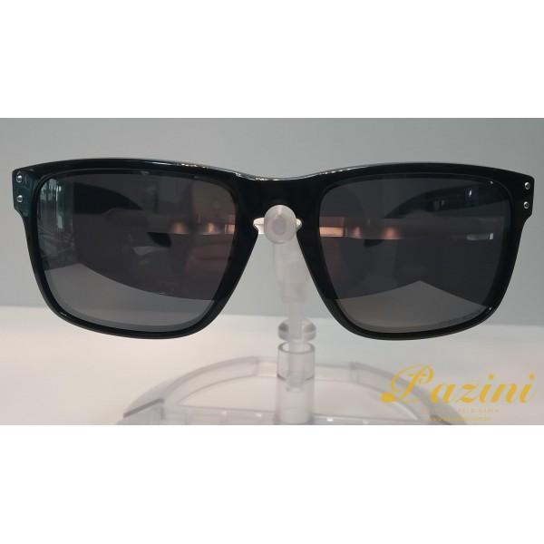 Óculos de Sol Oakley modelo Holbtook OO9102